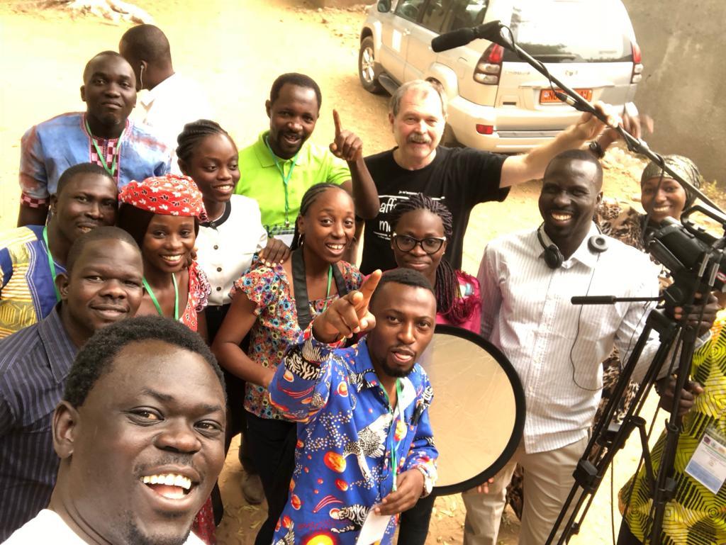 Cameroun: une cinquantaine de participants sont formés en JRI  par Johannes HIERL, PDG de DieuTv.