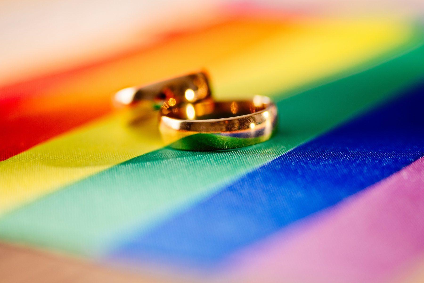 Suisse : Les catholiques-chrétiens favorables au mariage pour tous