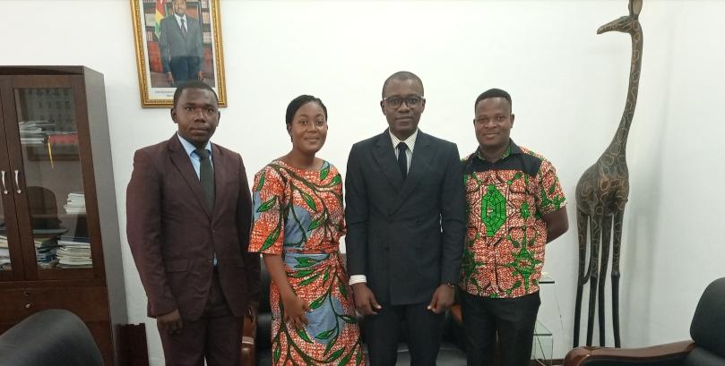 Lomé 3, le Ministre de la Communication a reçu le comité d'organisation.